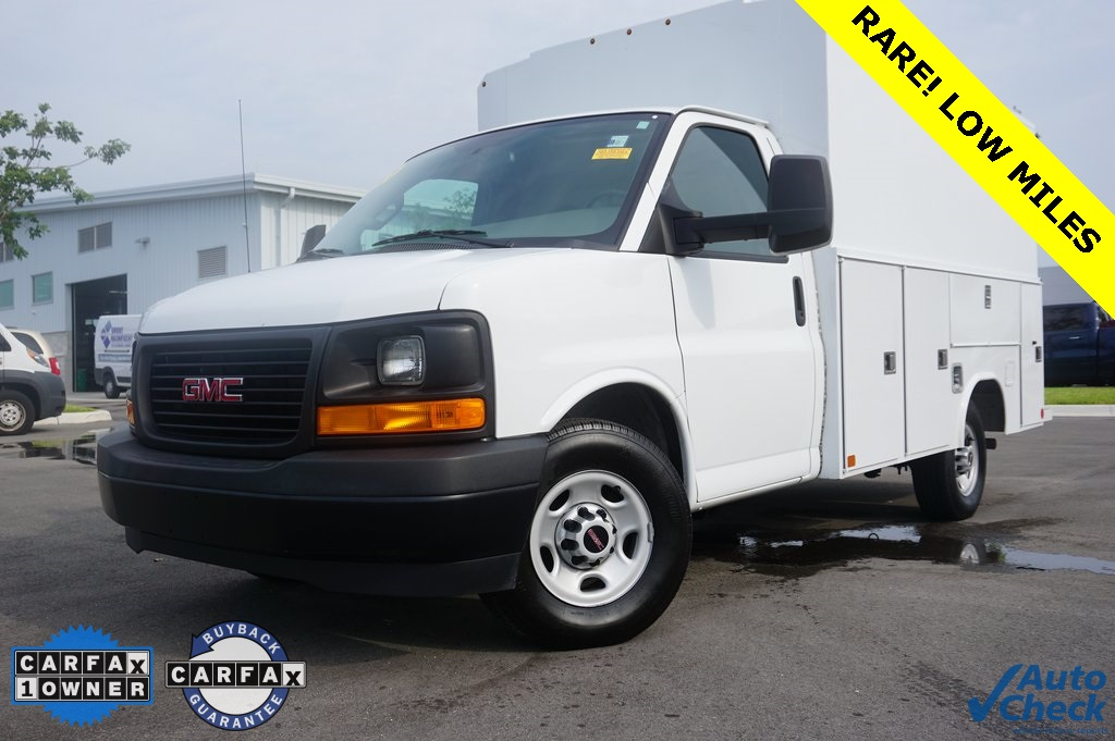 Gmc Savana 3500 >> Pre Owned 2017 Gmc Savana 3500 Work Van Bus In Cape Coral