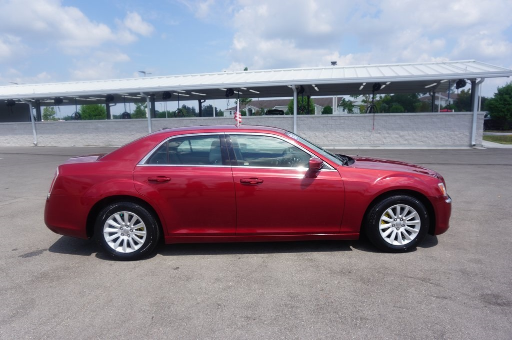 PRE-OWNED 2012 CHRYSLER 300 BASE RWD 4D SEDAN
