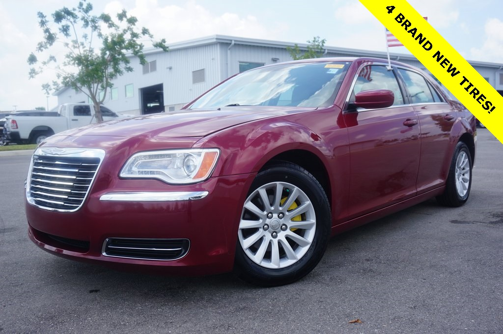 Pre-Owned 2012 Chrysler 300 Base
